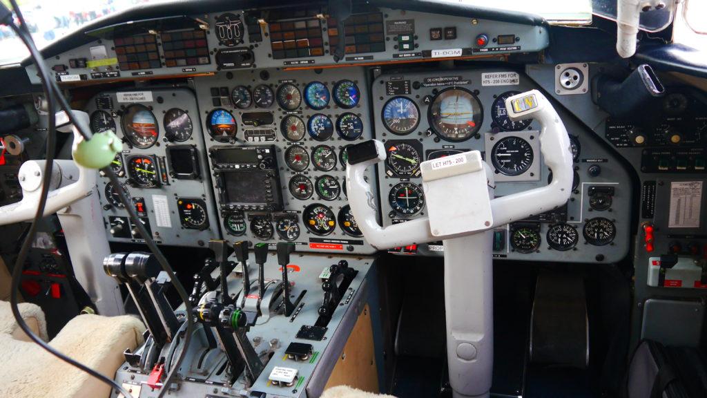 Blick in das Cockpit