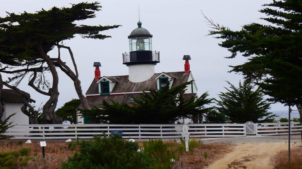 Leuchttürme säumen die Küste