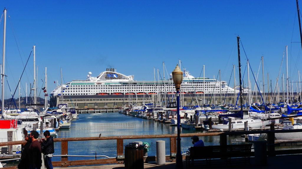 Sun Princess im Hafen von San Francisco