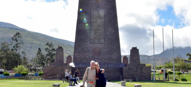 Quito, die höchste Hauptstadt der Welt und Mitad del Mundo, die Mitte der Erde