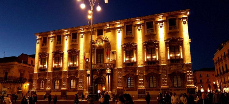 Sonnenaufgang in Acireale und Nachtstimmung in Catania