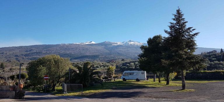 Besuch der Alcantara Schlucht und die Einsamkeit der  Weingüter rund um den Etna